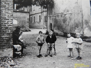 Raffaele Arrigoni - Scorci di Pozzo- Anno 1961 (3)